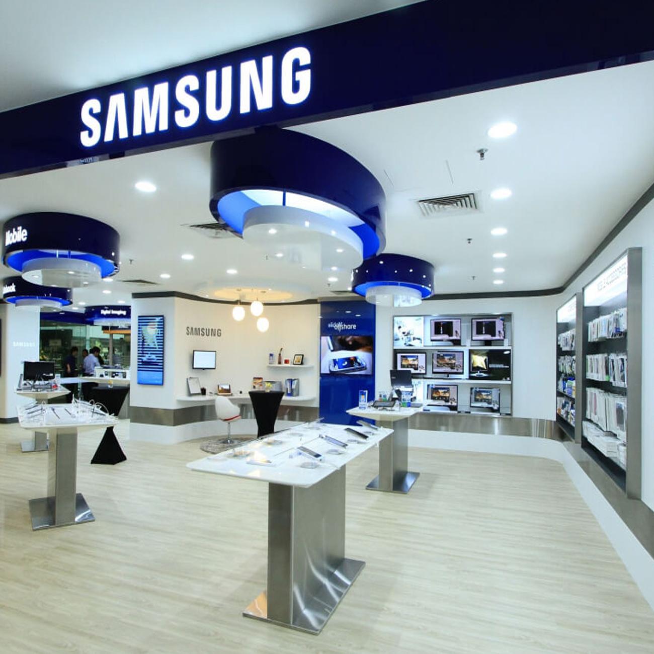 Магазины Samsung в Прибалтике начали принимать к оплате криптовалюты