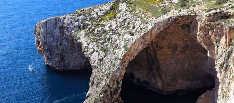 Биткоин–шизофрения на Мальте: противоречивые заявления правительства и банков