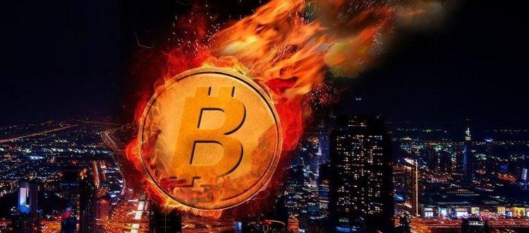 Биткоин приближается к «кресту смерти». Означает ли это конец существования криптовалюты?
